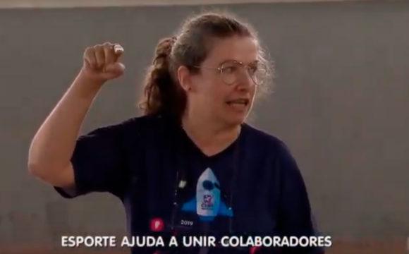 Time de voleibol de colaboradores do Grupo Cene na Record Rio Preto