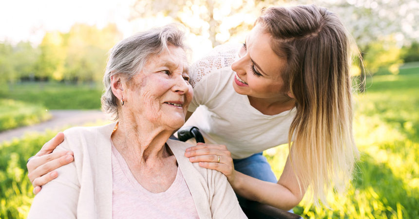 Prevenção de quedas envolvem espaço adequado e qualidade de vida dos idosos